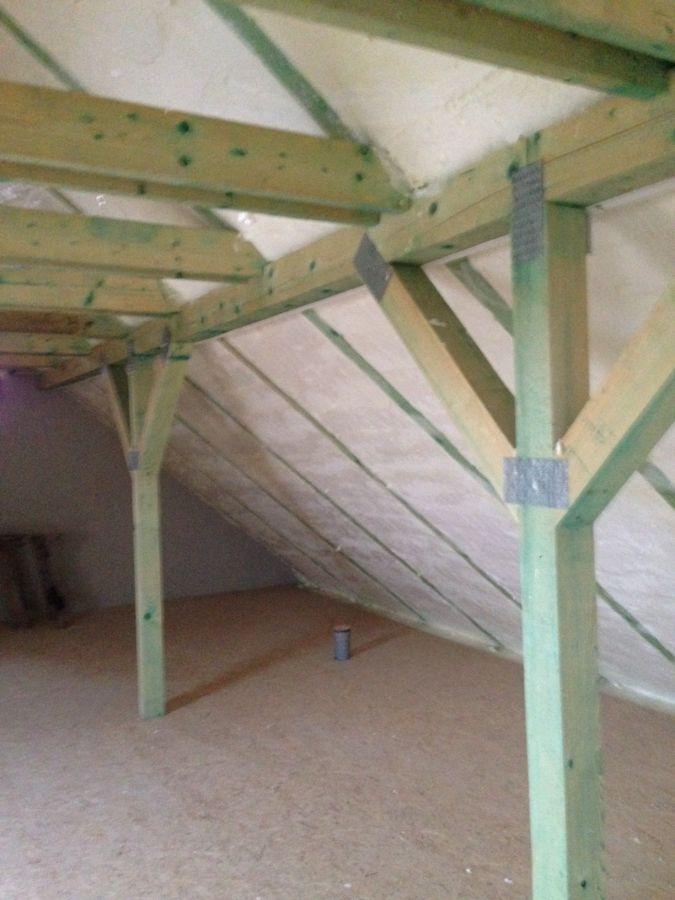 Izolace Icynene v podkroví rodinného domu