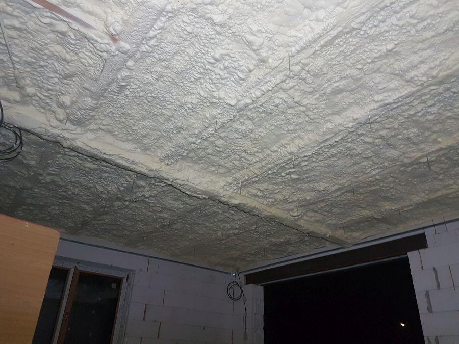Zateplení stropu Chytrou izolací Icynene