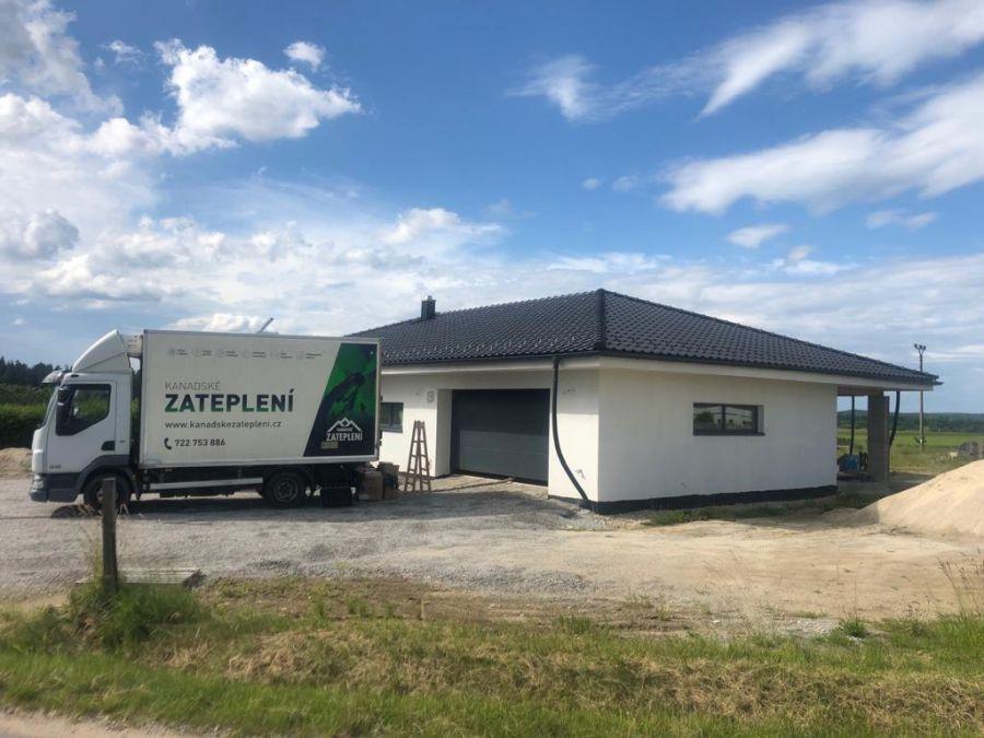 Zateplení bungalovu v Českých Velenicích